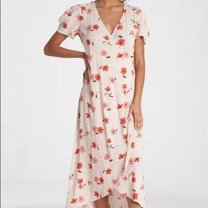"Selling Billabong ""floral fields dress"""